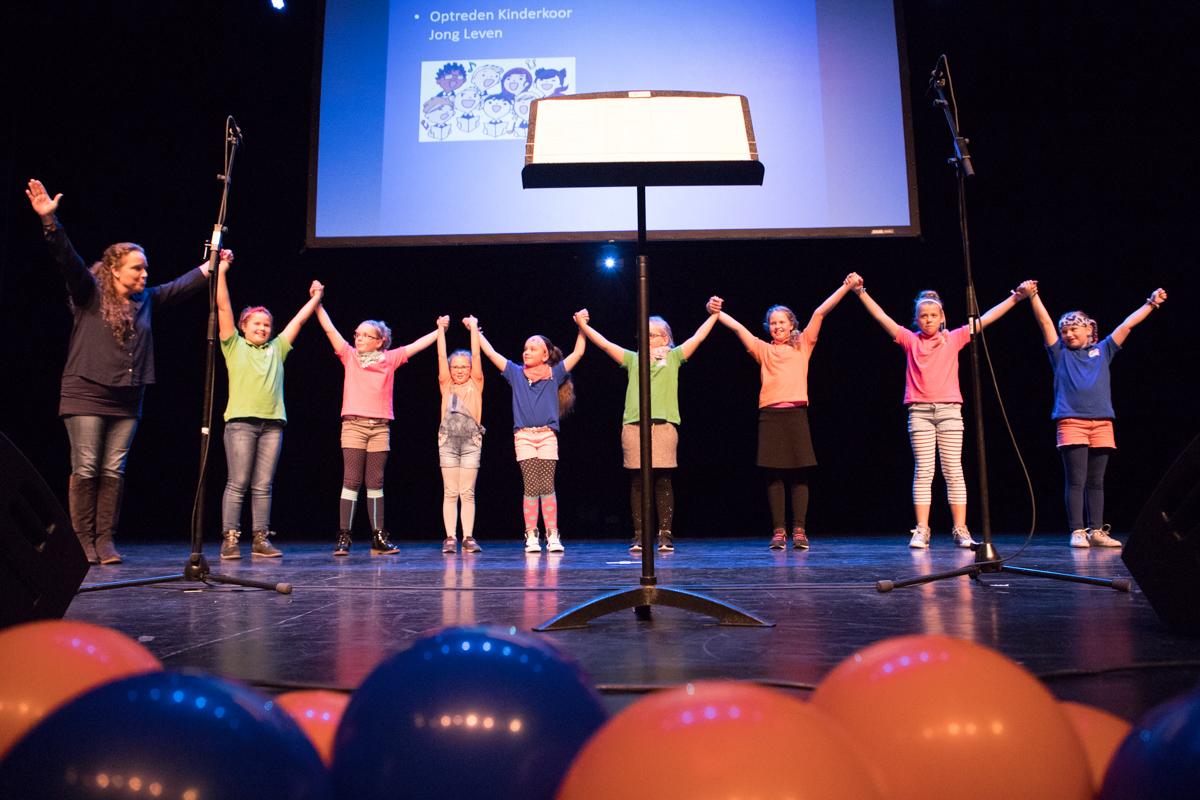 Kinderkoor Jong Leven loopt Oranjefonds-collecte