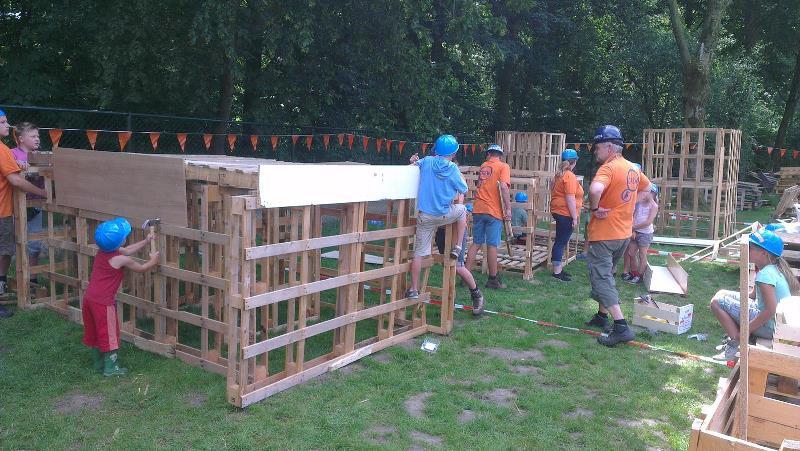 Huttenfeest zoekt vrijwilligers