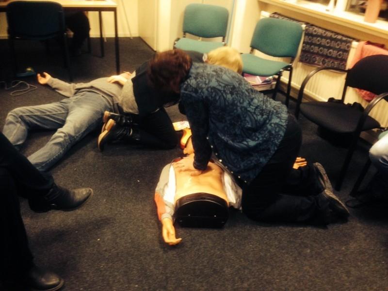 Opfriscursussen reanimatie en AED