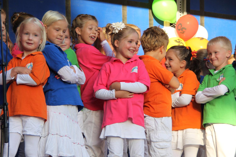 Kinderkoor komt collecteren voor Oranjefonds
