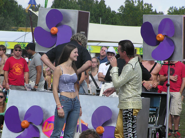 Nienke uit Drenthe wint Lowlands festival thuis