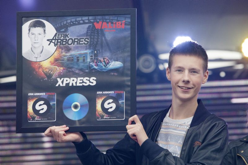 Nummer Xpress van dj Erik Arbores officieel gereleased in Walibi Holland