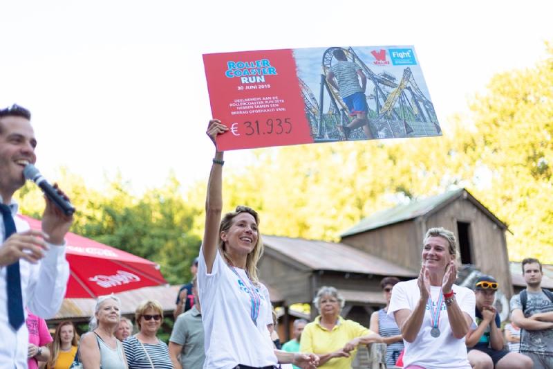 Walibi Holland en Fight cancer halen samen €31.935 op voor het goede doel